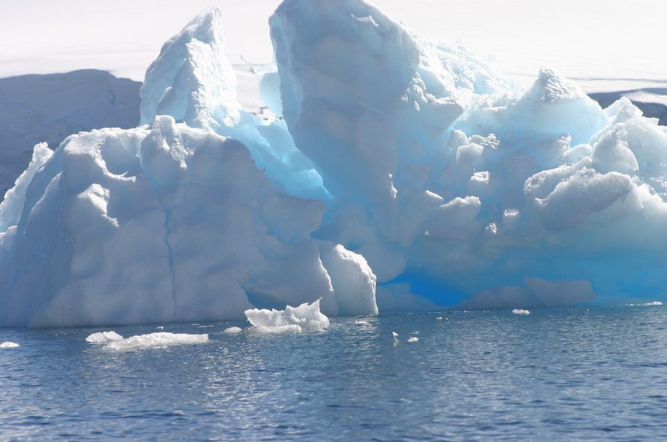 Major Iceberg Separates from Antarctic Peninsula